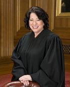 Sonia_Sotomayor_in_SCOTUS_robe